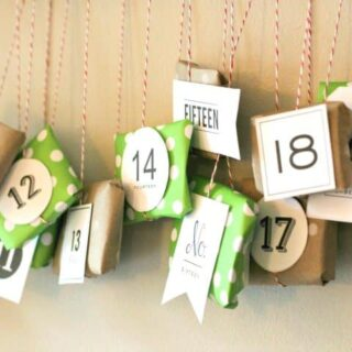 Advent-Calendar-wall-hanging-