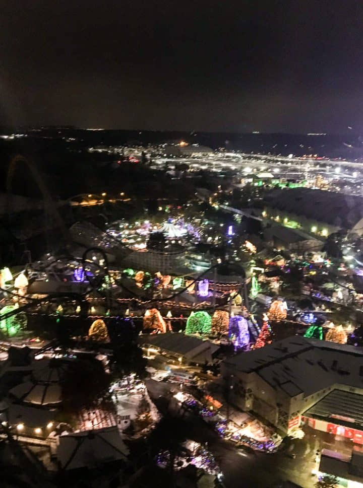Christmas Candylane at Hersheypark kissing tower view