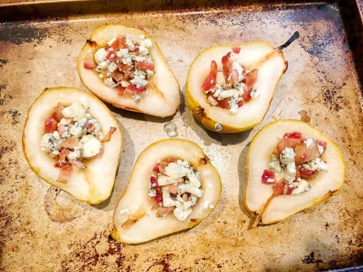 How to roast pears with bacon and bleu cheese