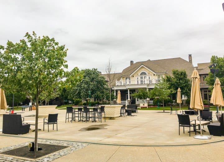 Hotel Hershey Heritage restaurant game area