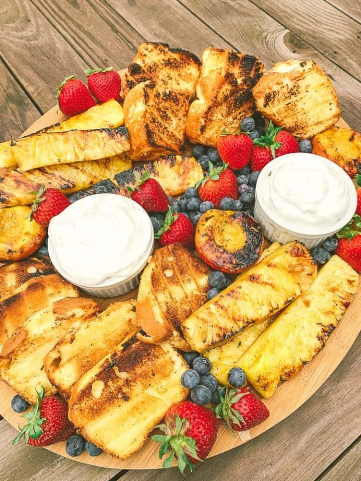 grilled fruit and angel food cake, pound cake dessert tray