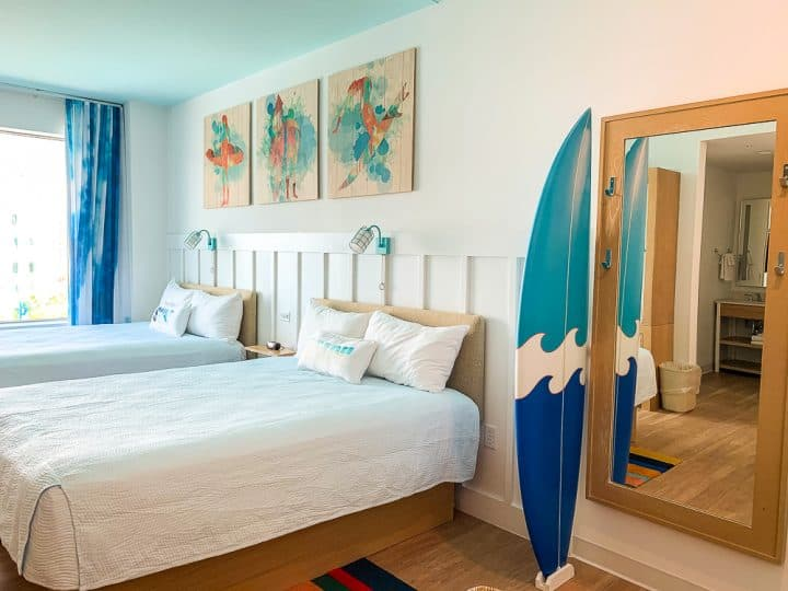 2 queen beds in the Surfside Inn and Suite family room